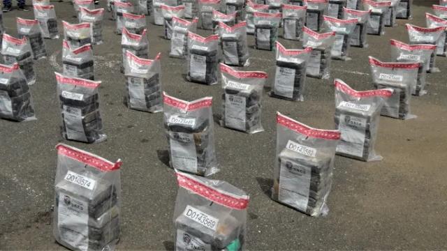 Higüey: Incautan 510 paquetes presumiblemente cocaína en costas de La Altagracia