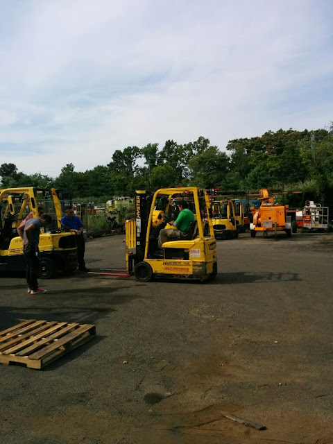 NL- Forklifts! - IMG_20140811_155618