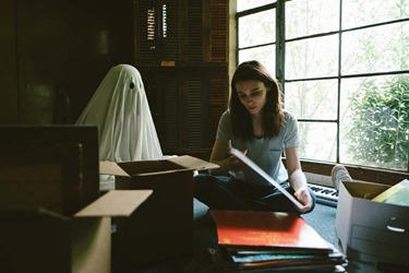 A Ghost Story2