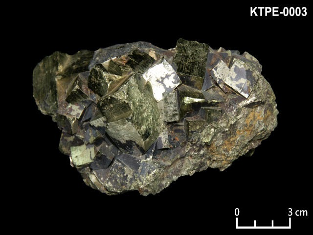 KTPE-0003 黃鐵礦