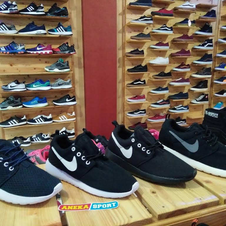 Toko Sepatu Aneka Sport Malang - Shoe Store 6036fca03e