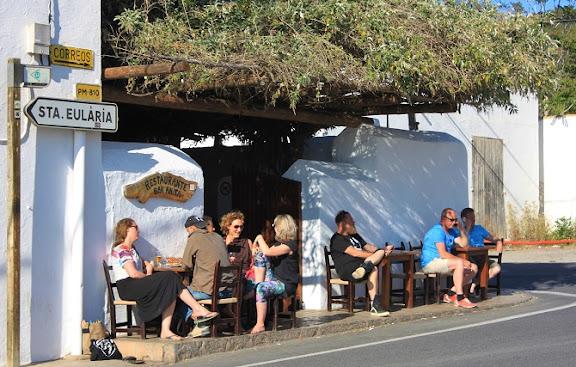 Bar Anita Eivissa.jpg