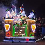 wooden-light-parade-mierlohout-2016090.jpg