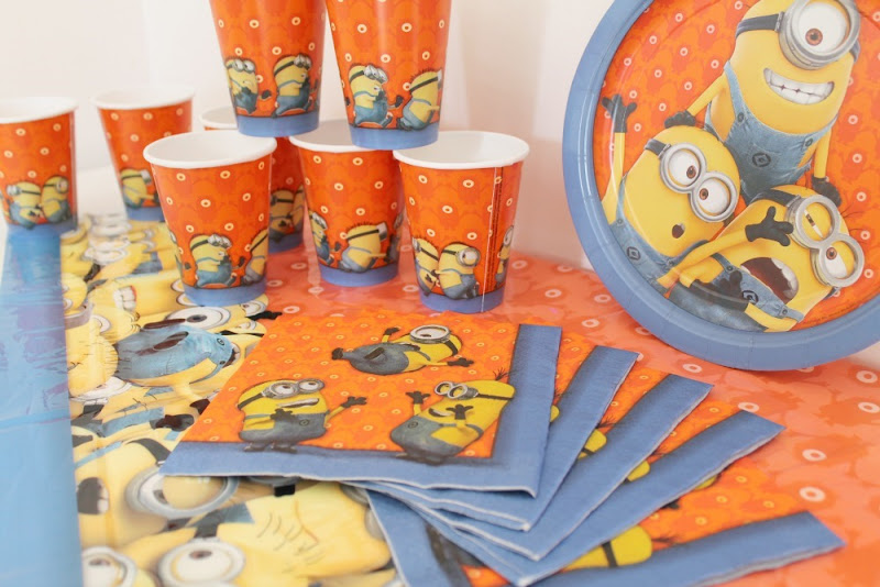 despicable me minions party pack
