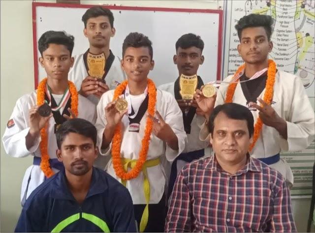 इण्डो नेपाल ताइक्वाण्डो प्रतियोगिता में जौनपुर के 2 खिलाड़ियों ने जीता स्वर्ण पदक