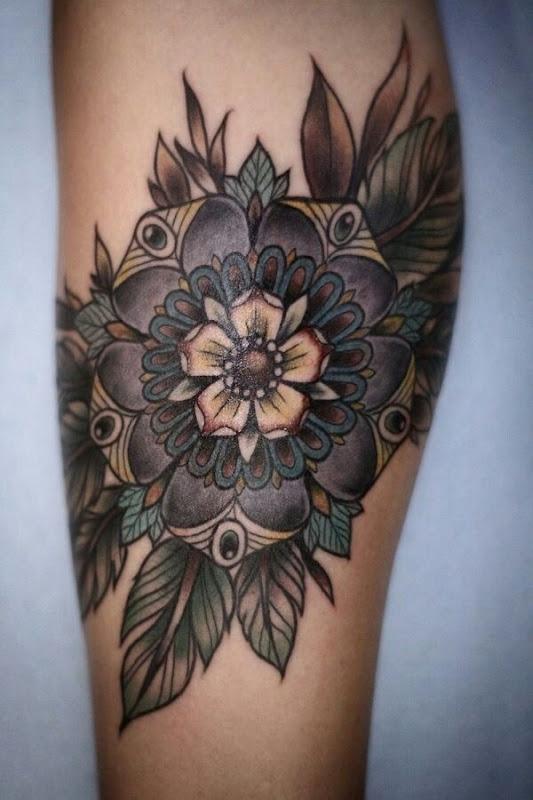 flor_perna_tatuagem