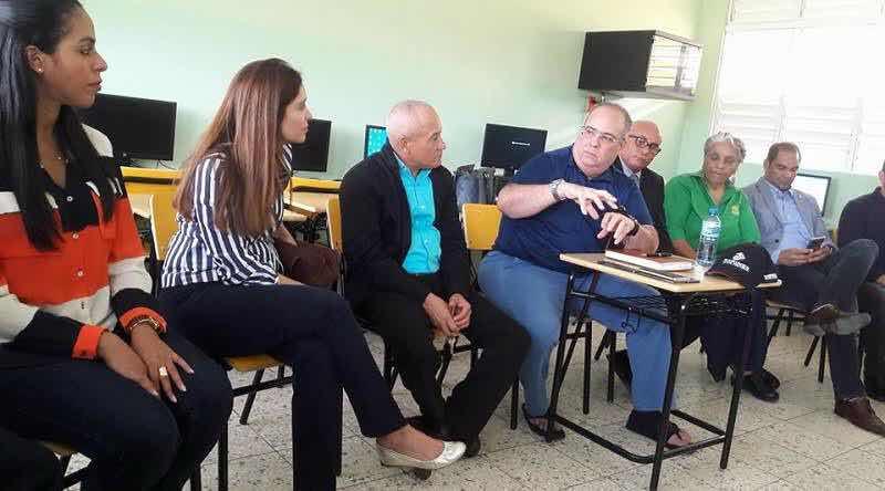Barrick Pueblo viejo recibe presentación ciudad del conocimiento en Monte Plata