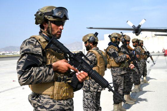 Bandara Kabul Dikuasai Taliban, AS Hancurkan Perangkat Militer Tersisa