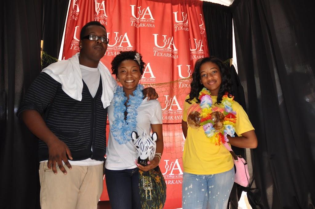 Genoa Central, Fouke, and Arkansas High visit UACCH-Texarkana - DSC_0153.JPG