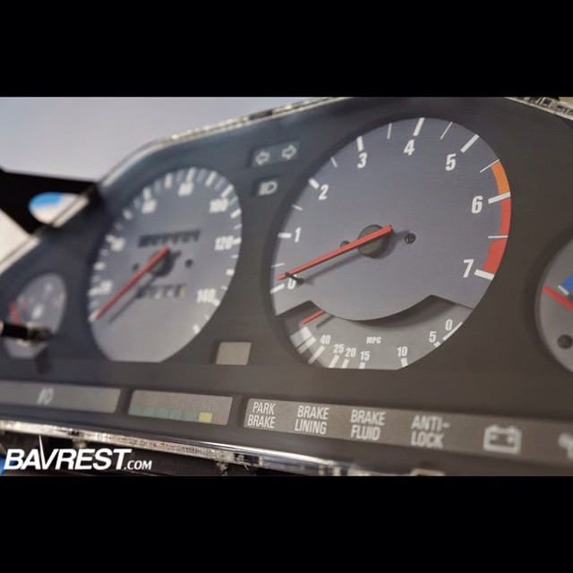 Custom Instrument Clusters for E30 cars - Bavarian