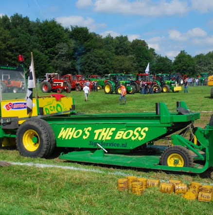 Zondag 22-07-2012 (Tractorpulling) (142).JPG