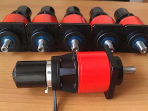 Photo: Motore BCM-45-12-40-xx su riduttore Tramec 40:1