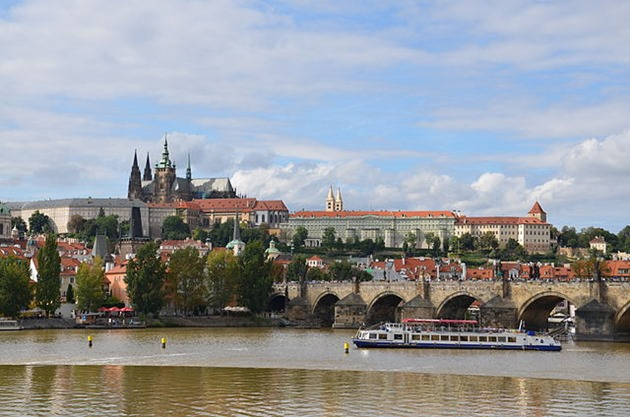 Stag Boat Parties of Prague