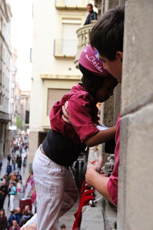 Actuació 20è Aniversari Castellers de Lleida Paeria 11-04-15 - IMG_9067.jpg