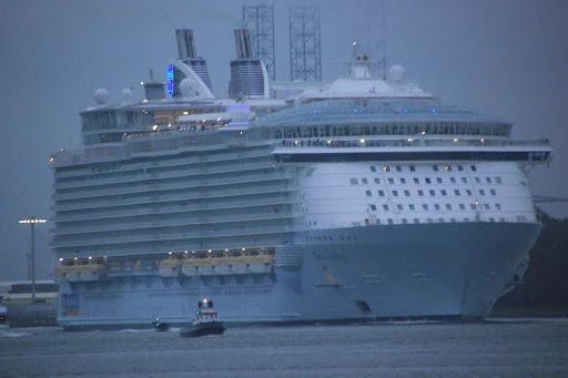 Oasis Of The Seas 2014-10-14 013.JPG