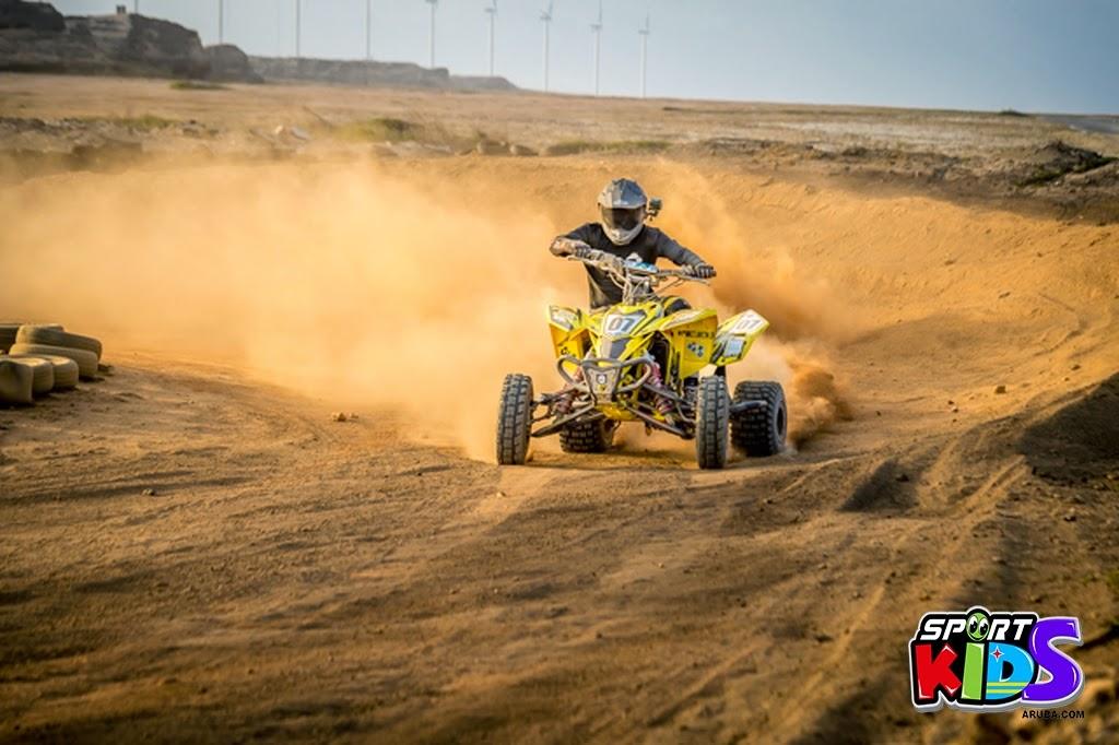 extreme motorcross Aruba - moto%2Bcross%2BGrape%2Bfiled%2BApril%2B2015-110.jpg