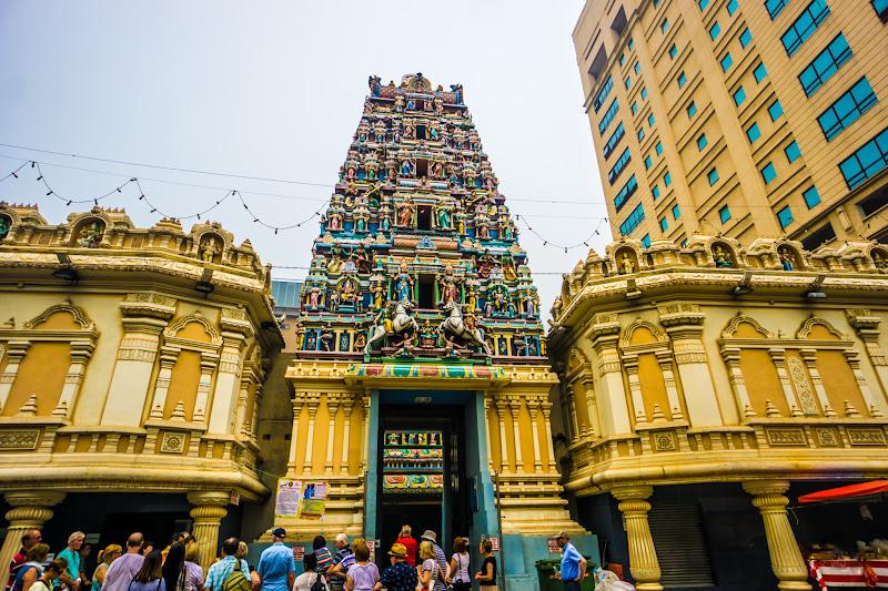 クアラルンプール チャイナタウン スリ・マハ・マリアマン寺院1