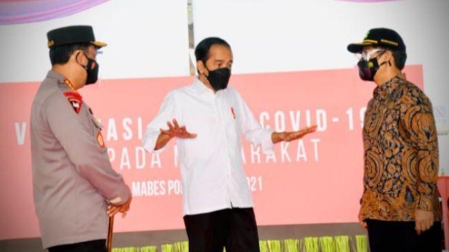 Soal Tagar Jokowi Mundur, KSP: Pandemi Ini Jadi Persoalan Bersama