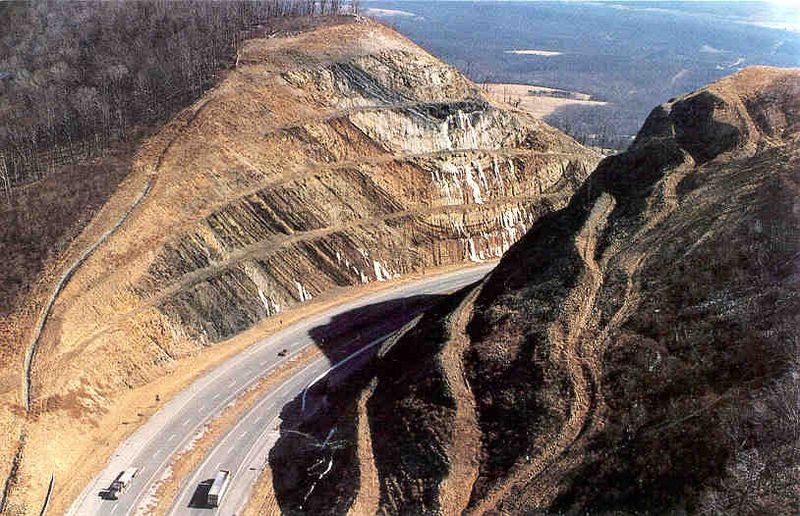 Sideling-Hill-Road-Cut-21