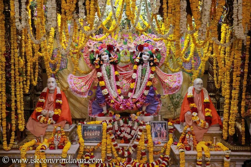 ISKCON Vrindavan Sringar Deity Darshan 29 Feb 2016 (15)