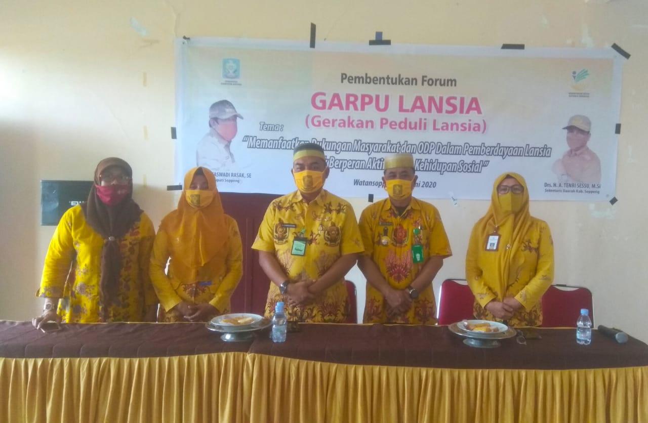 Kadis Sosial Buka Secara Resmi Pembentukan Forum (GARPU) Gerakan Peduli Lanjut Usia Kelurahan Lapajung