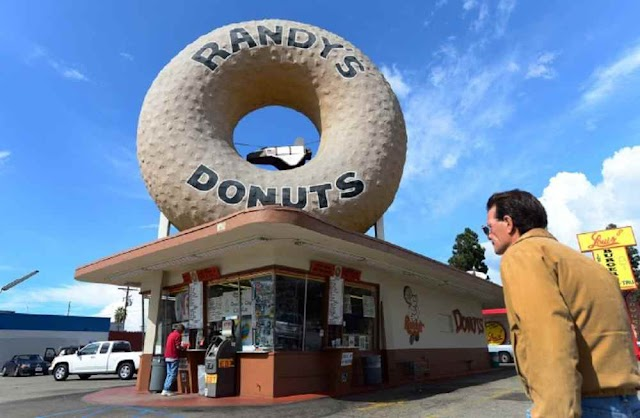 6+ Top Famous Donut Shop in Los Angeles