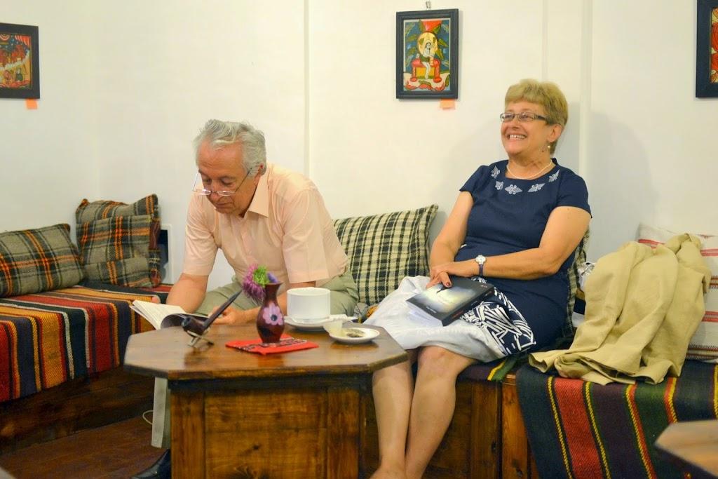 Seara literara - Editura Eikon lanseaza patru carti, La Vulturi (2014.09.03) 093