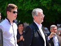 04 Itt Stubendek László polgármester köszöntötte a gimnázium végzős diákjait.jpg