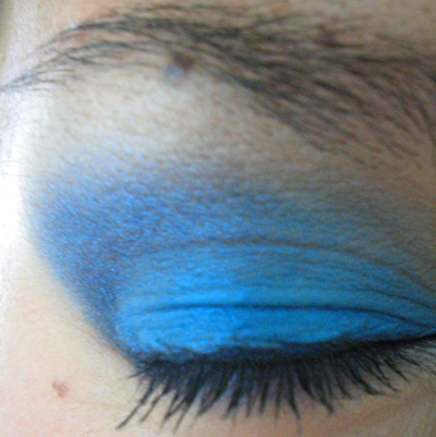 how to turn brown eyes into blue