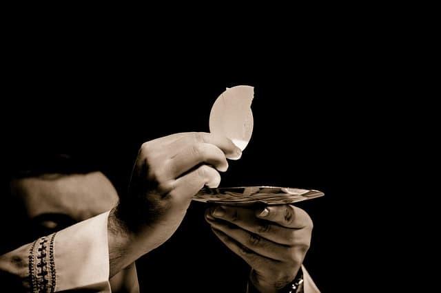 Eucharist 1591663 640