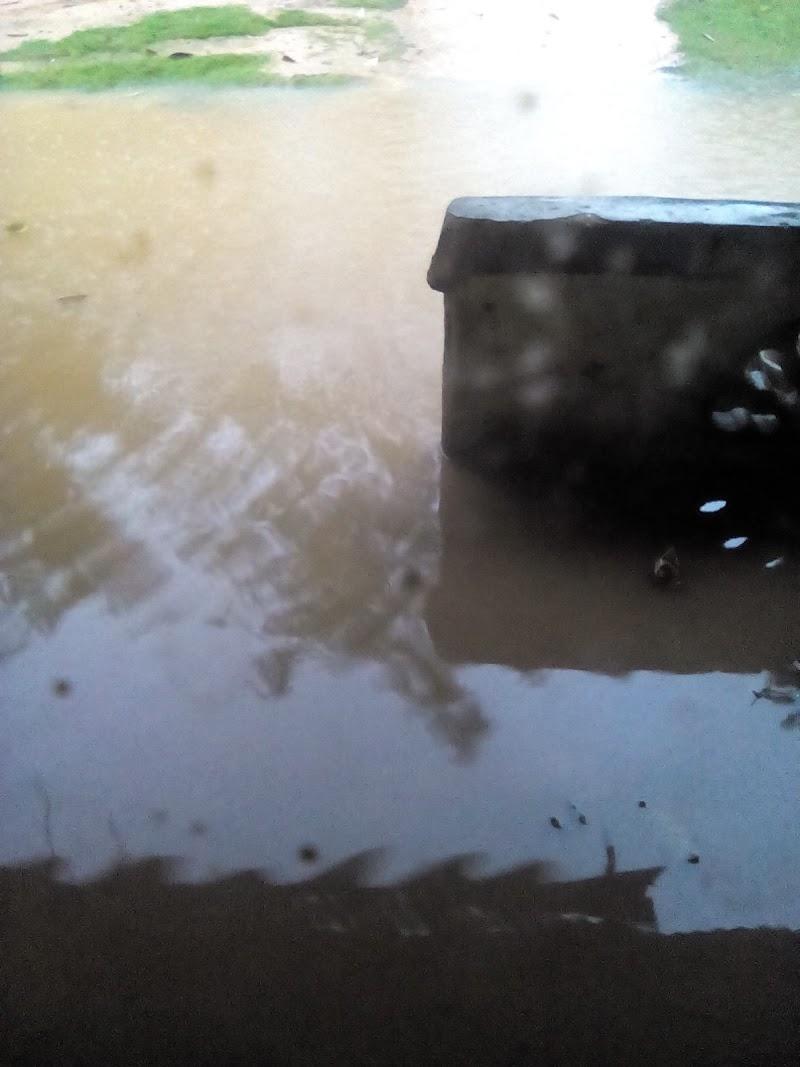 Banjir melanda