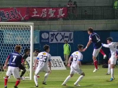 横浜F・マリノス栗原勇蔵のヘディング