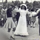 4ος 1975, Μεγάλα Καλύβια, στον γάμο του Παναγιώτη & Μαρίας Γεωργομάνου