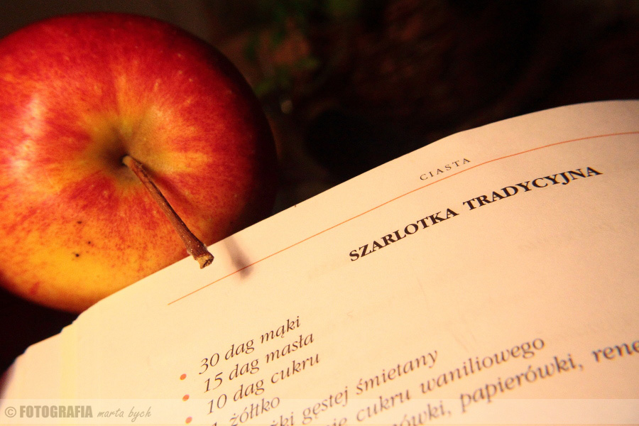 jabłko, szarlotka, książka kucharska