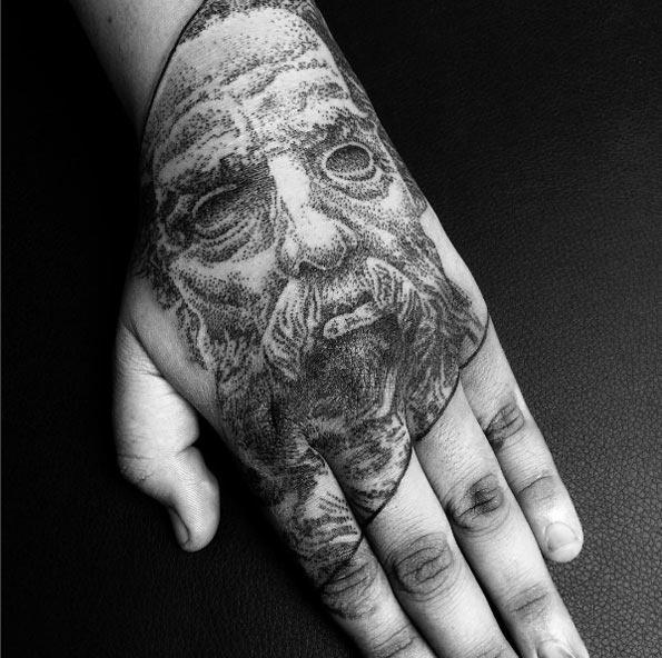 este_dotwork_escultura