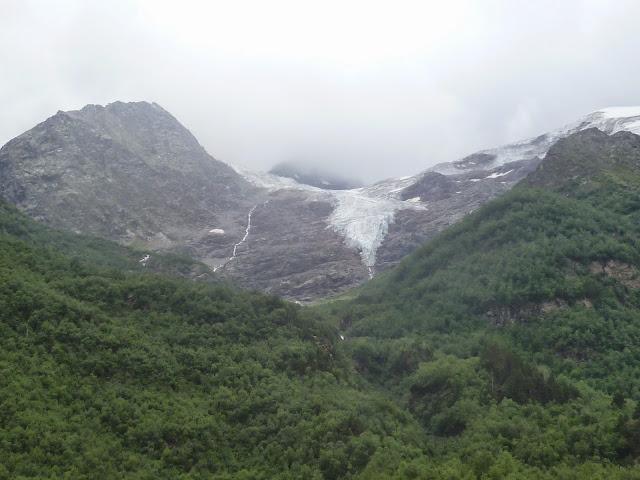 Glacier au-dessus de Terskol (Kabardino-Balkarie), 6 août 2014. Photo : J. Marquet
