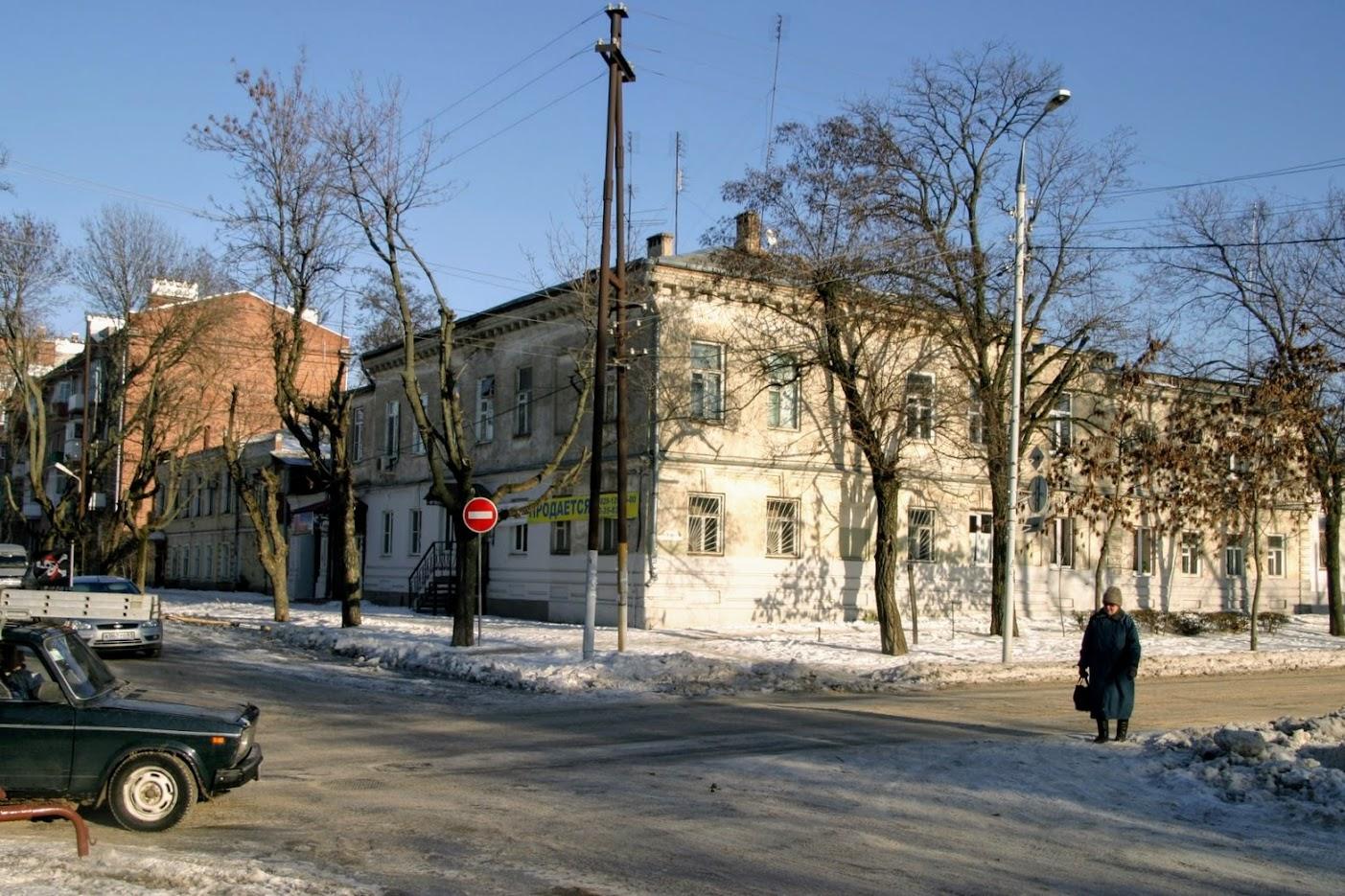 https://sites.google.com/site/istoriceskijtaganrog/cehova-ulica/dom-52