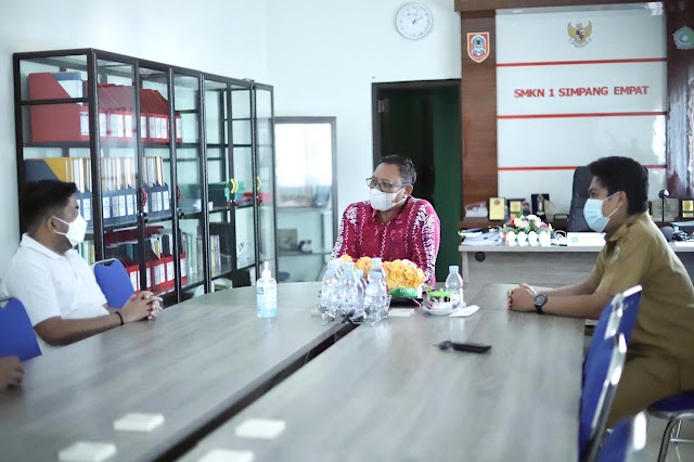 Kunjungi SMKN 1 Simpang Empat Tanah Bumbu Waket DPRD Kalsel Diskusi Kendala PPDB
