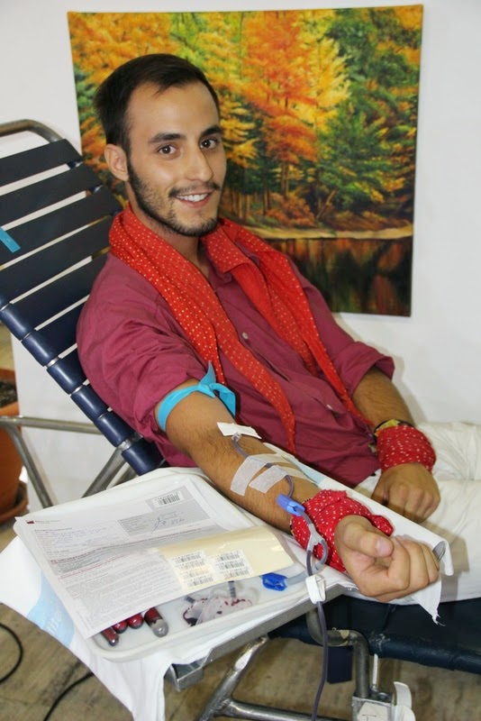 Pilar i donació a la Marató de Donació de sang  24-09-14 - IMG_4514.JPG