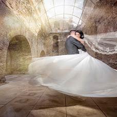 Wedding photographer Constantin Butuc (cbstudio). Photo of 21.12.2016