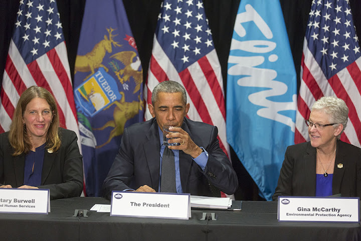 Obama repeats myth that Flint has no grocery stores