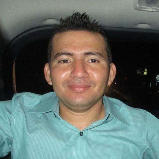 Ismael Mendoza Photo 33