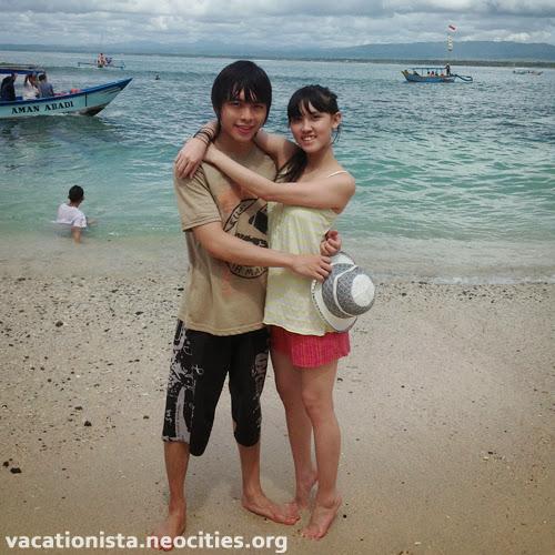 Alexia and Steve hug each other