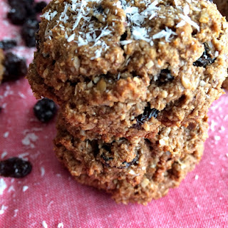 GF Oatmeal Raisin Cookies.