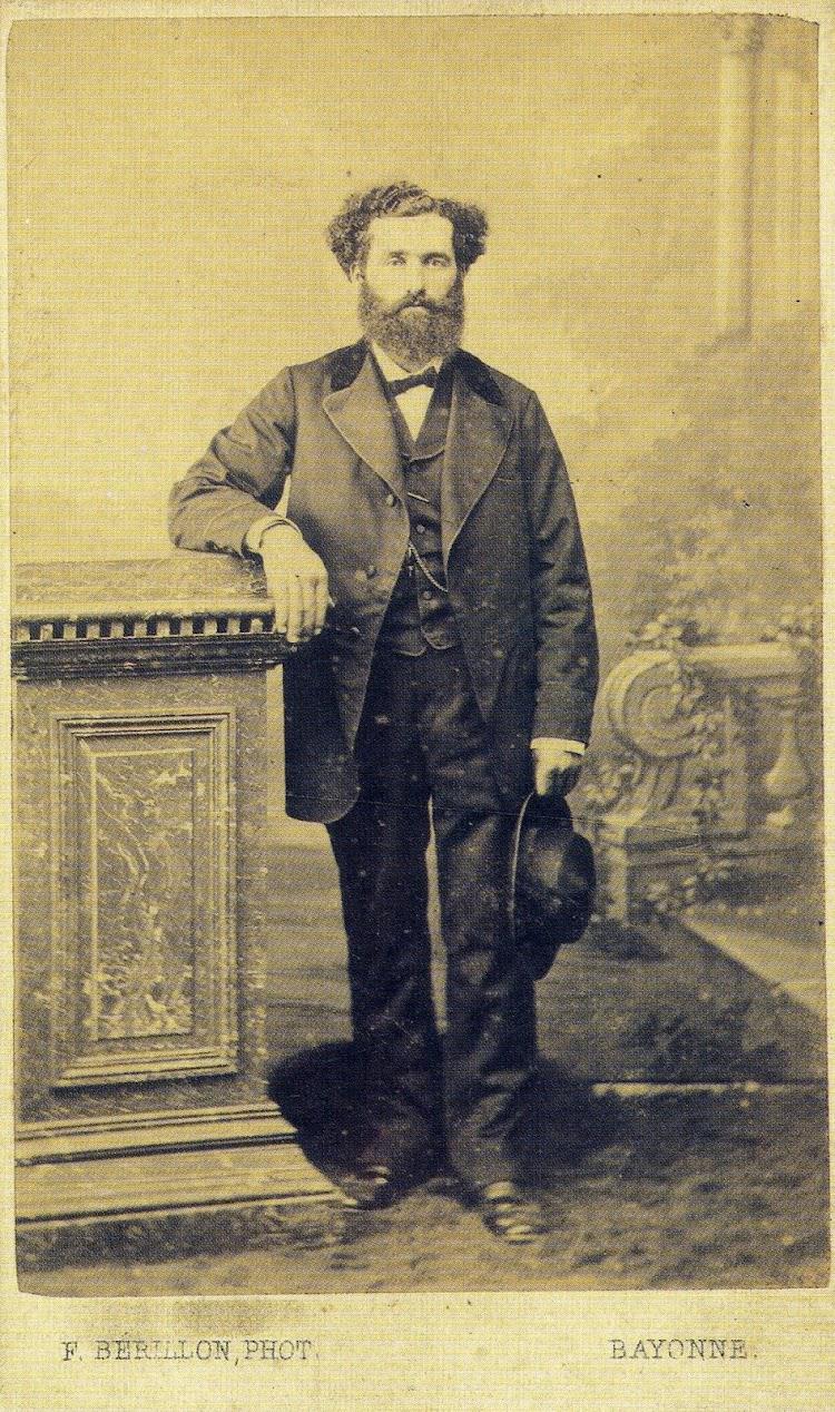 Jose Antonio Corrales. Capitan del ARNAO entre 1.873 y 1.906. Del libro Historia de la Marina Mercante Asturiana. Vol II. Llegada y Afirmación del Vapor. (1857-1900).jpg