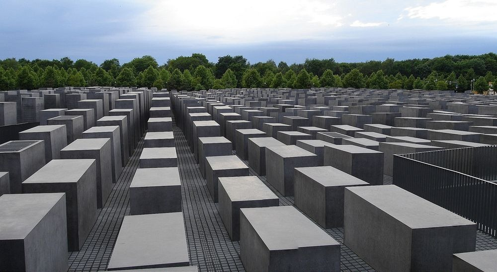 memorial-murdered-jews-europe-berlin-10