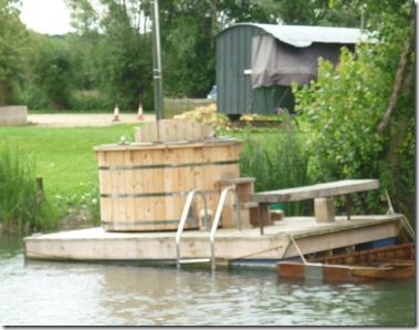 7 hot-tub at newbridge pub