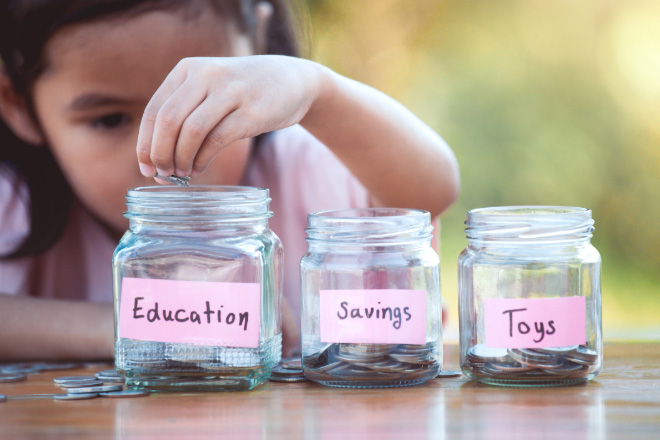 HOW TO SAVE FOR YOUR KIDS' HIGHER EDUCATION