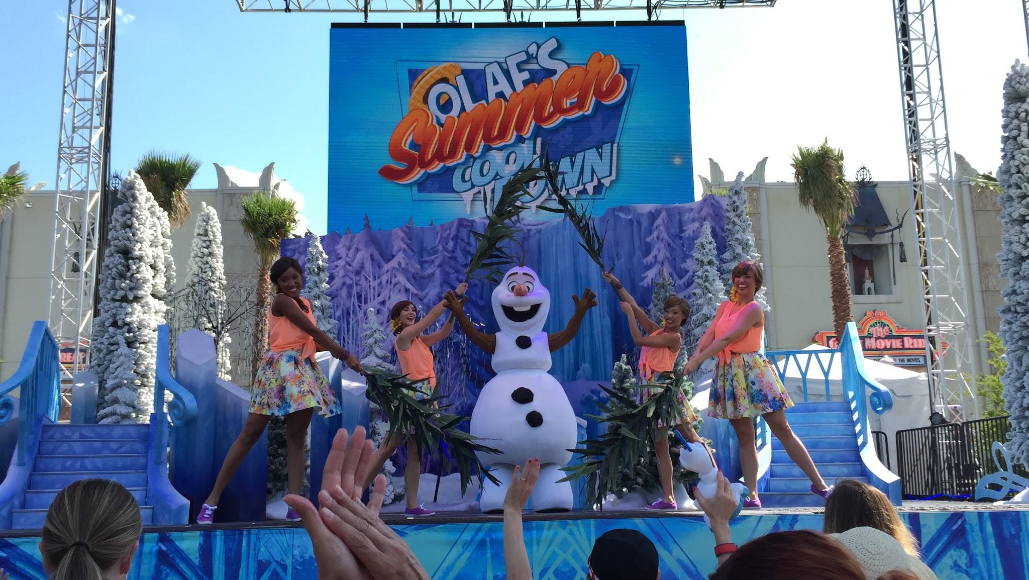 Frozen Summer Fun Starts At Disney S Hollywood