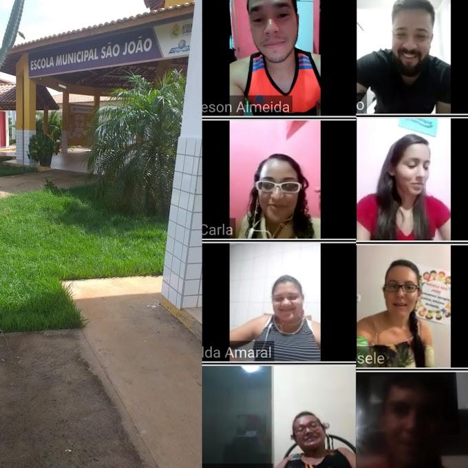 Equipe da Escola São João se reúne em vídeoconferência para elaborar estratégias de atendimento educacional à distância